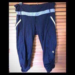 Lululemon crop pant side pockets mesh size 6